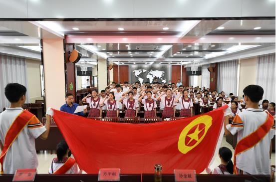 寿春中学 举行第38期团校结业典礼暨新团员宣誓仪式